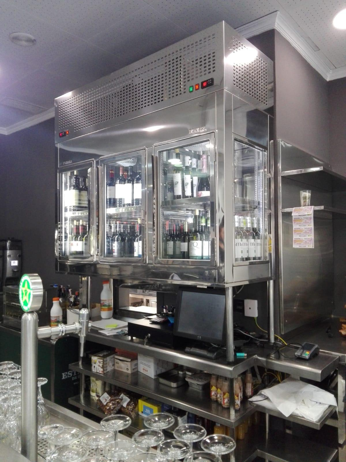 Inoxmur - Custom Refrigerated Display Cabinets