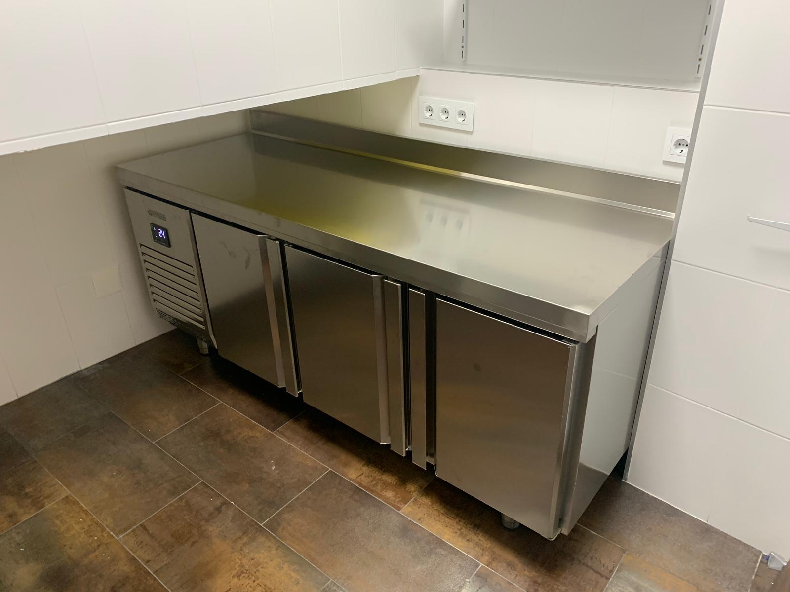 Inoxmur - Custom Refrigerated Cabinets